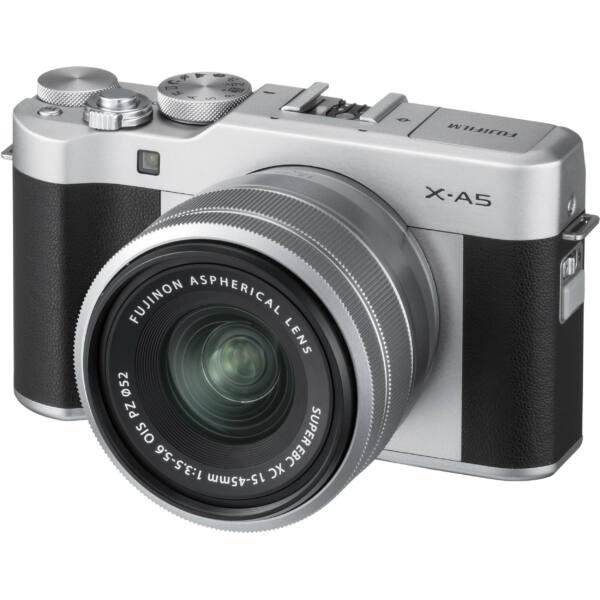 Fujifilm X-A5 + XC 15-45mm F/3.5-5.6 OIS PZ - Ezüst