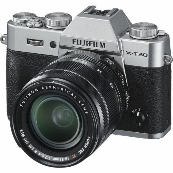 Fujifilm X-T30 + XF 18-55mm F/2,8-4 R LM OIS - Ezüst